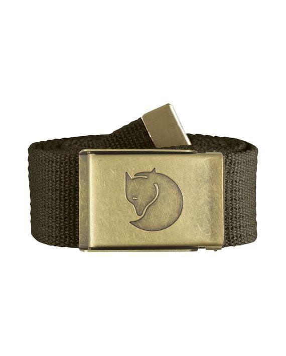 Fjällräven Canvas Brass Belt 4 cm. DARK OLIVE kjøper du på SQOOP outdoor