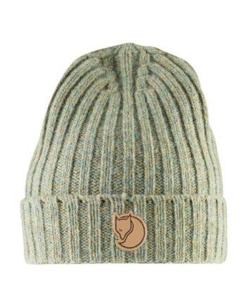 Fjällräven Re-Wool Hat - ribbestrikket i resirkulert ull FROST GREEN kjøper du på SQOOP outdoor (SQOOP.no)