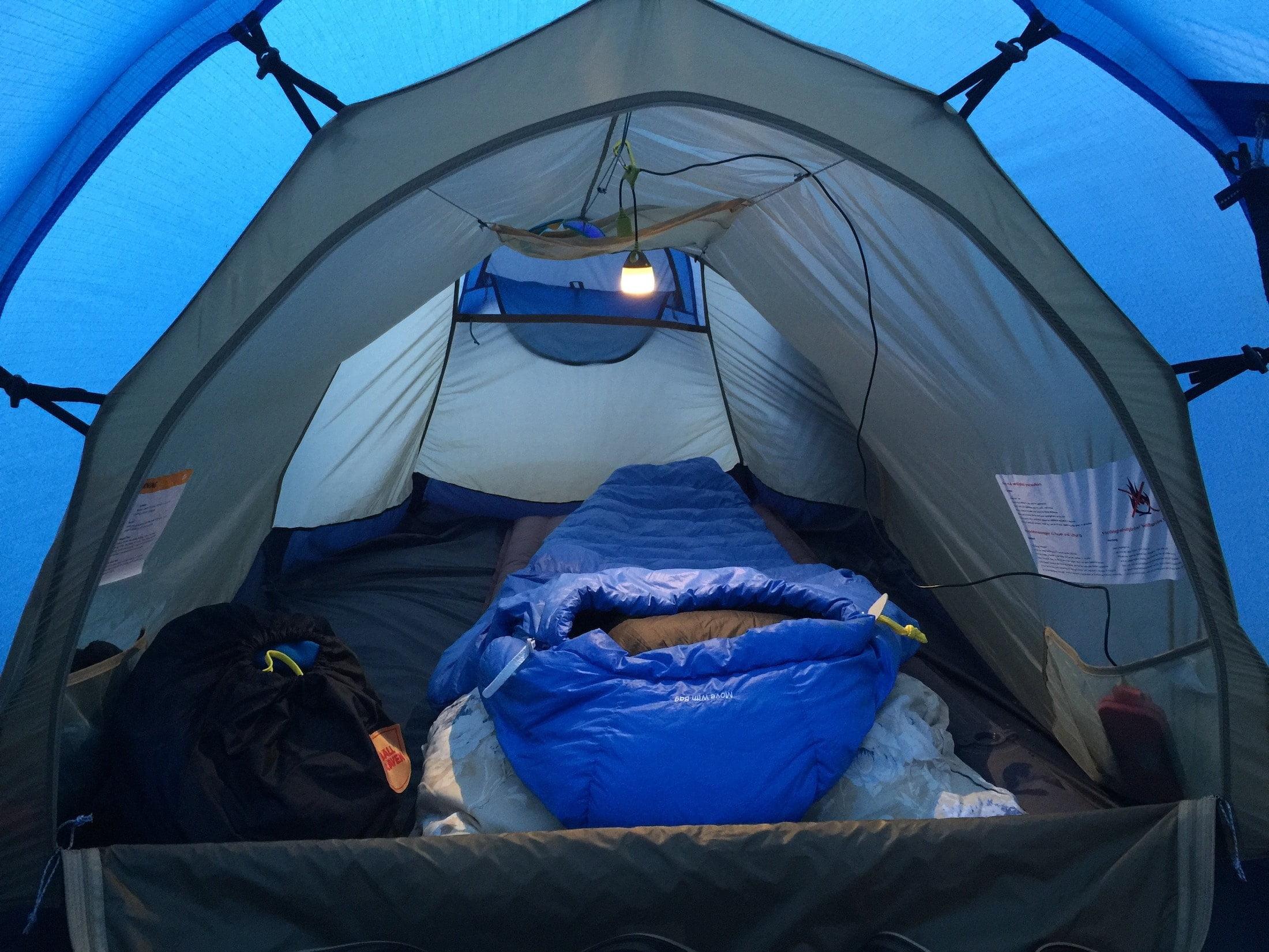 Fjellreven-telt-takhylle-SQOOP-outdoor-Foto-Trond-Nilsen-norgepakryssogtvers