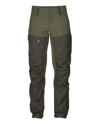 Fjällräven Keb Trousers Curved W Short DEEP FOREST-LAUREL GREEN kjøper du på SQOOP outdoor (SQOOP.no)