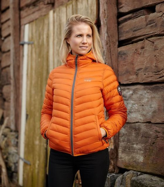 Scandinavian-Explorer-Rusty-Orange