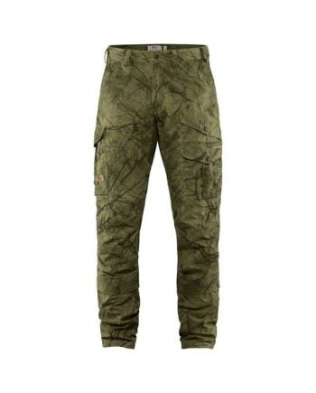 Fjällräven Barents Pro Hunting Trousers M GREEN CAMO-DEEP FOREST kjøper du på SQOOP outdoor (SQOOP.no)